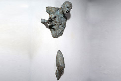 Buy-Life-Size-Bronze-Popular-Design-Matteo-Pugliese-Sculpture-for-Decor